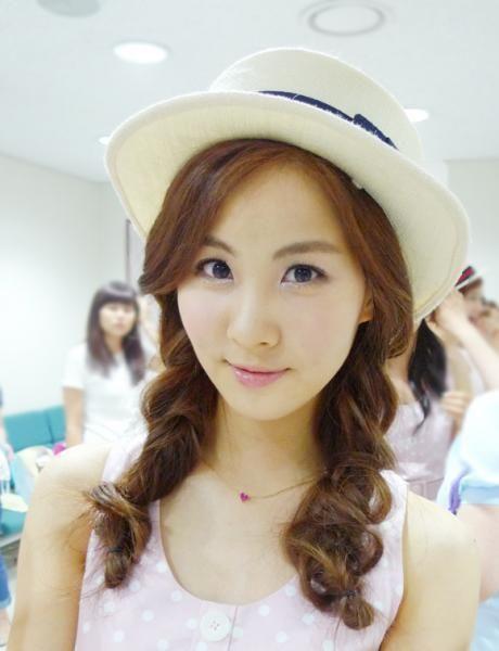 Snsd Seohyun Airport Fashion: Happy Birthday SNSD's Maknae Seohyun